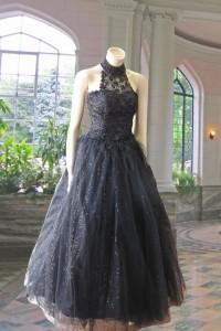 黒レースホルターネックゴージャスステージドレス