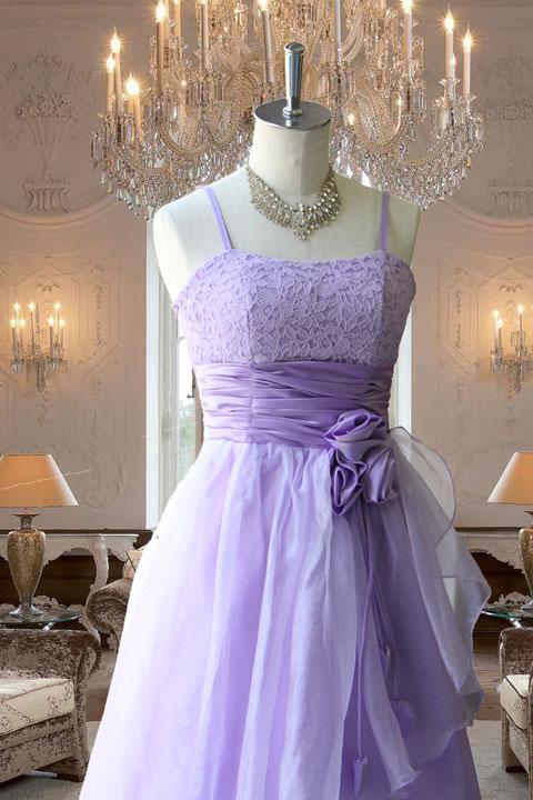パープルレースとオーガンドレープのドレス
