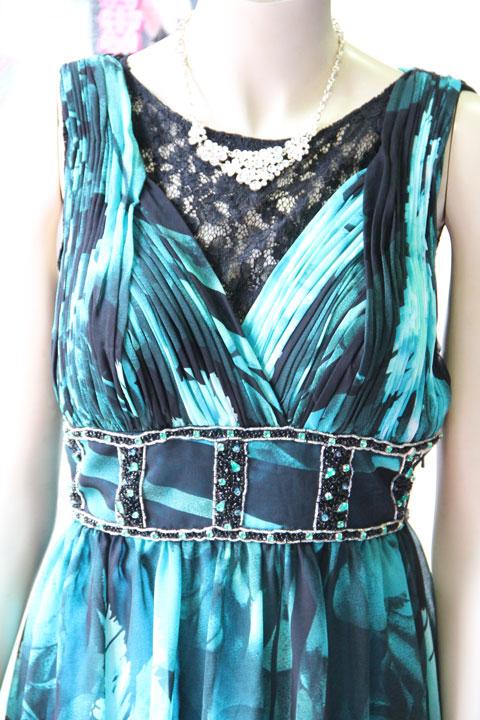 グリーン配色プリントシフォンのエレガントステージドレス